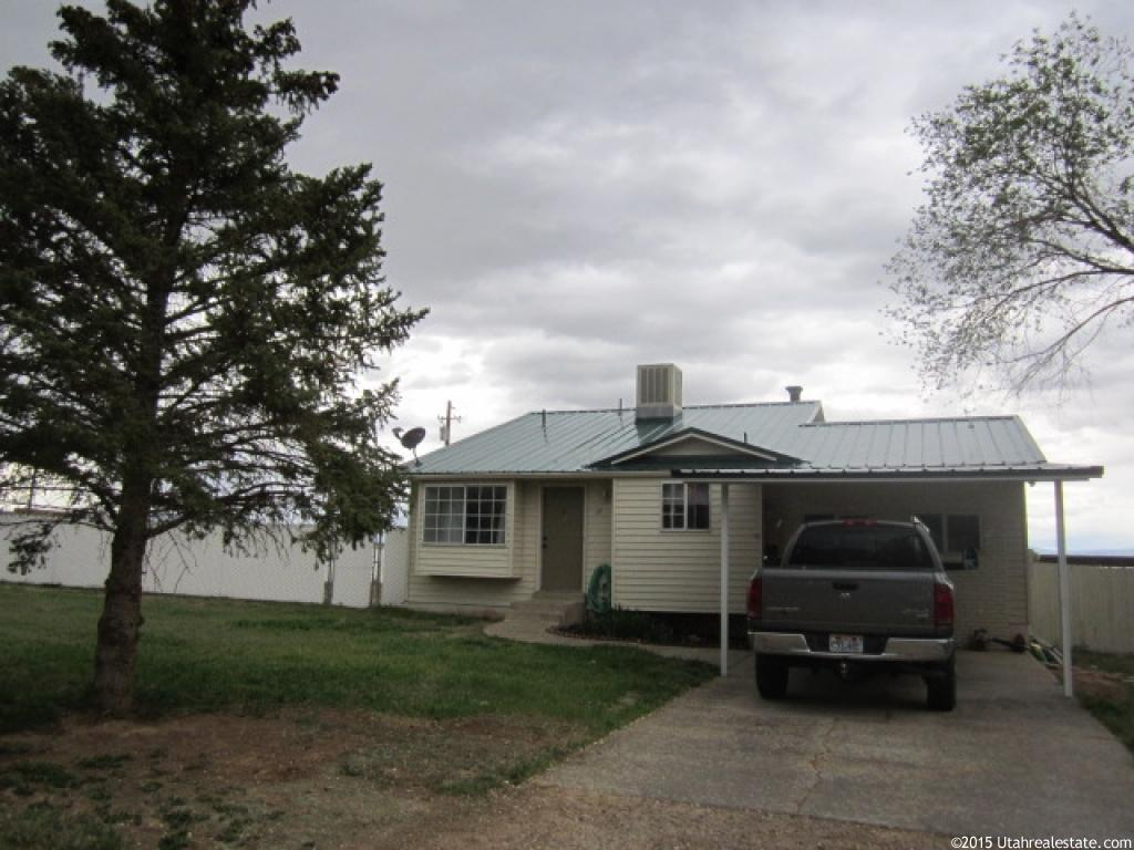 17 e 4800 s vernal ut 84078 house for sale in vernal