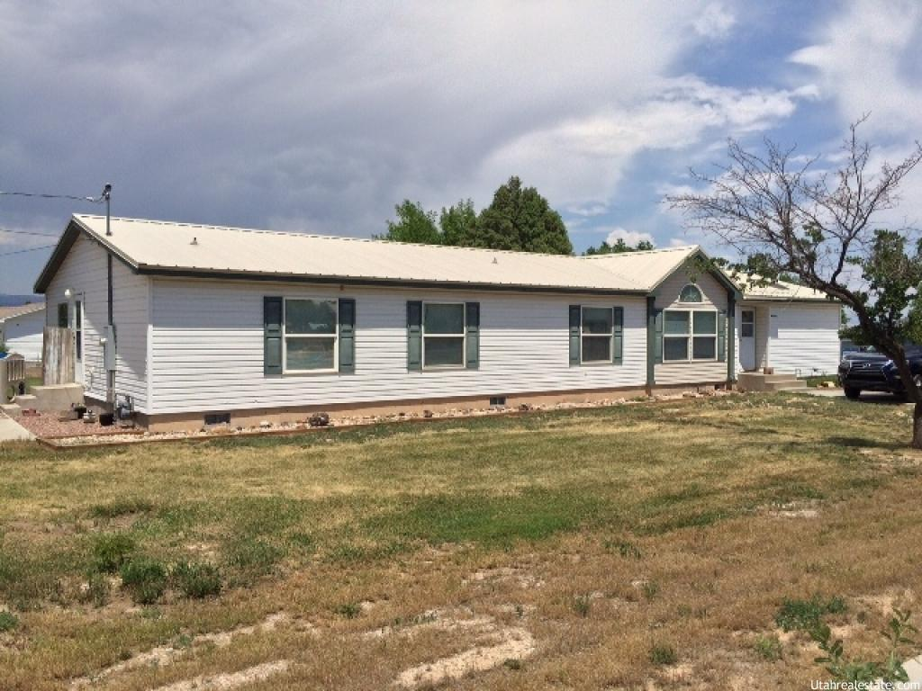 565 s 2400 w vernal ut 84078 house for sale in vernal