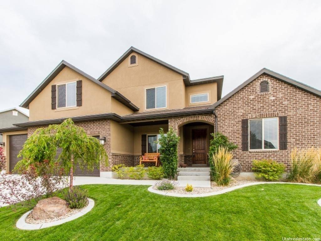 931 W GRIZZLY WULFF DR, Bluffdale UT 84065