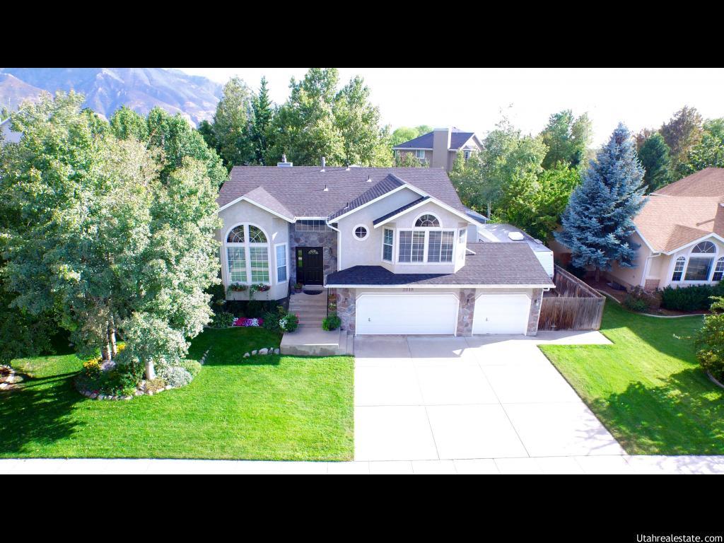 2018 e glacier view dr sandy ut 84092 house for sale in sandy ut