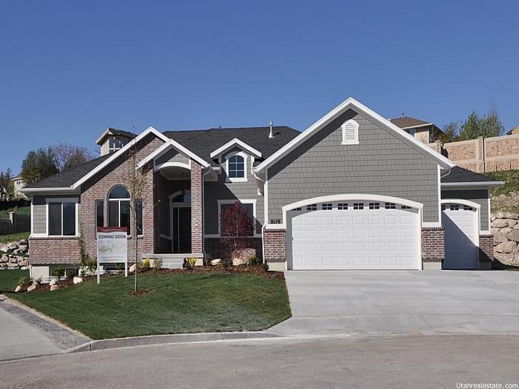 809 W MEADOW CREEK BAY, South Jordan UT 84095