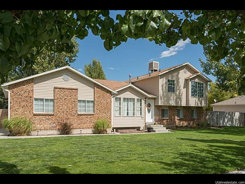 9241 SHOSHONE LAKE DR, West Jordan UT 84088