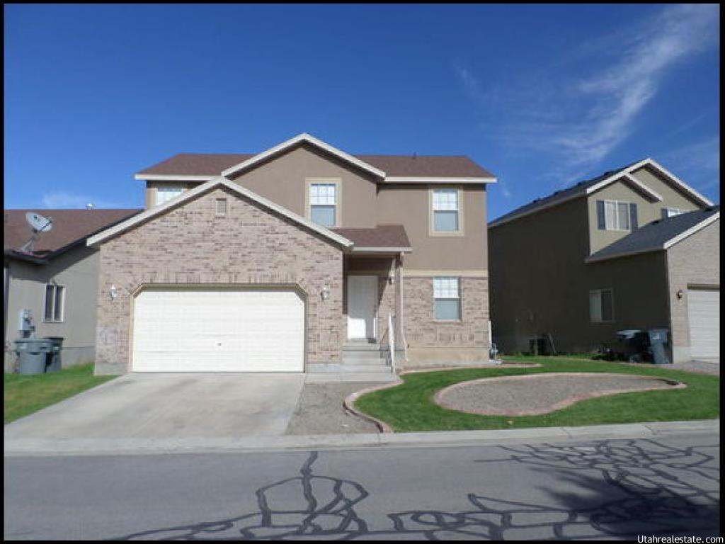 10767 S PINE SHADOW RD, South Jordan UT 84095
