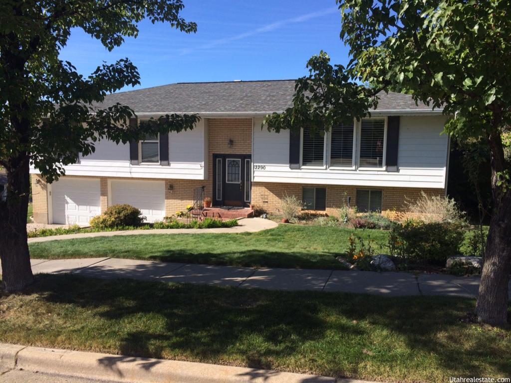 2290 s carolyn way bountiful ut 84010 house for sale in