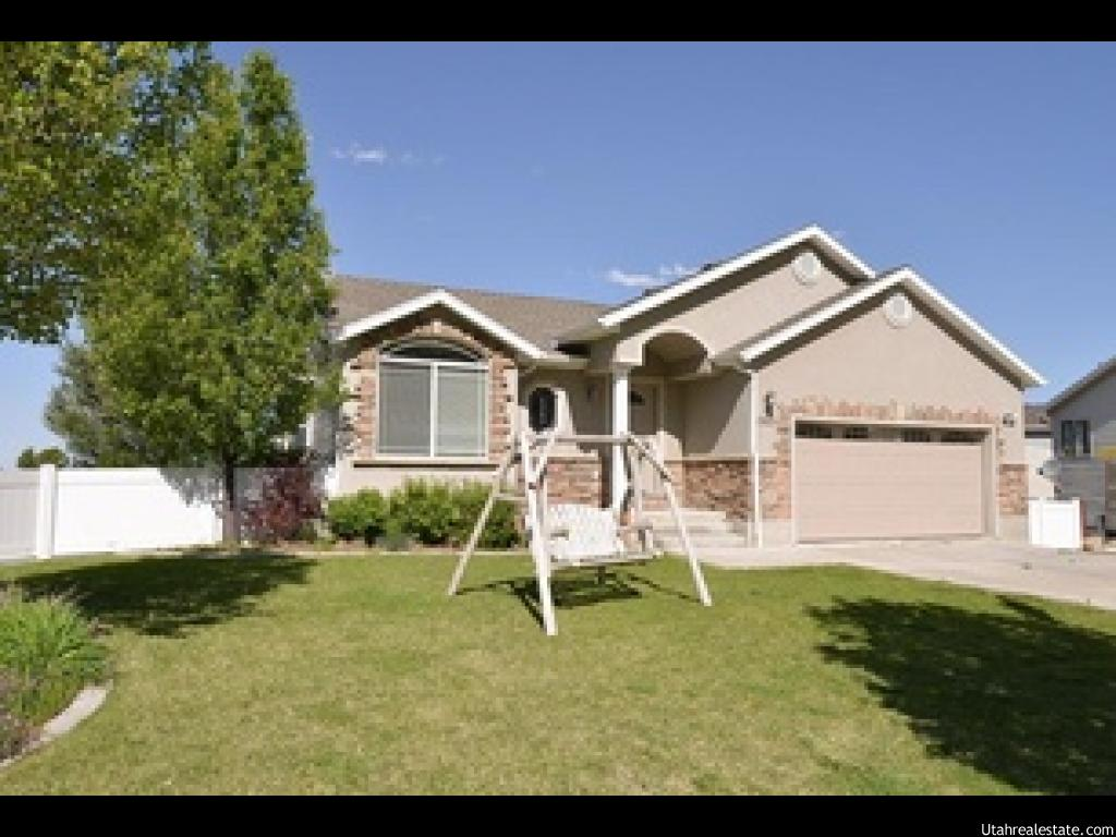 1363 N BLACK MOUNTAIN CIR, Ogden UT 84404