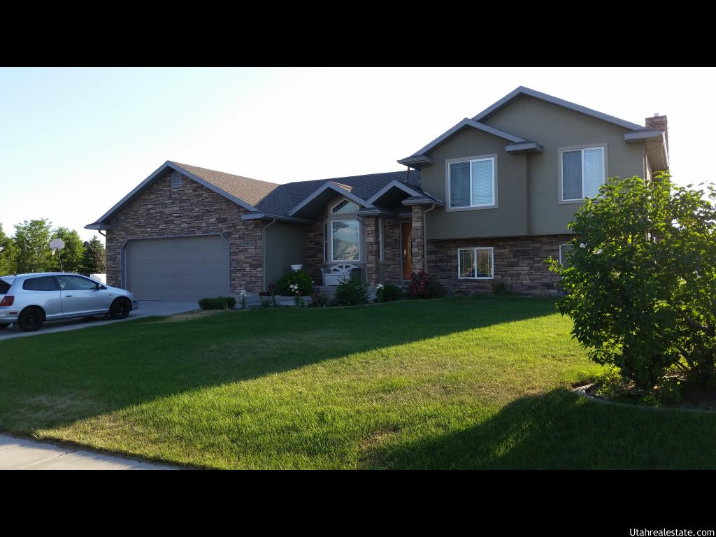 1705 n 3375 w plain city ut 84404 for Detached garage utah
