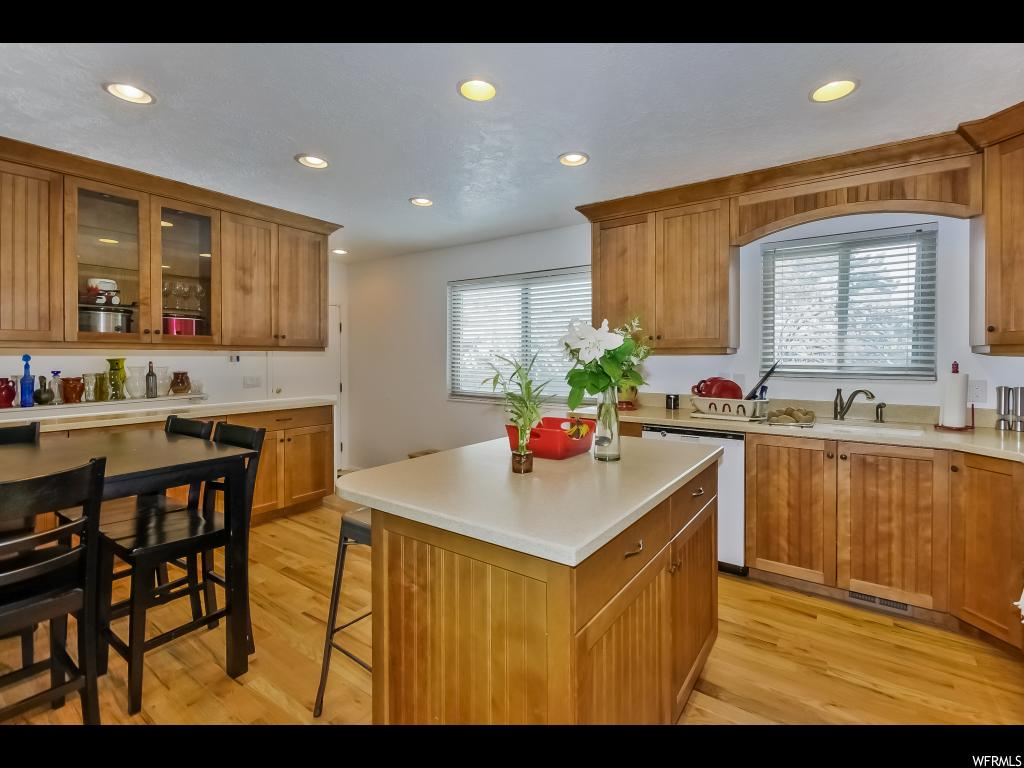 1508 E SILVERCREST DR, Sandy UT 84093