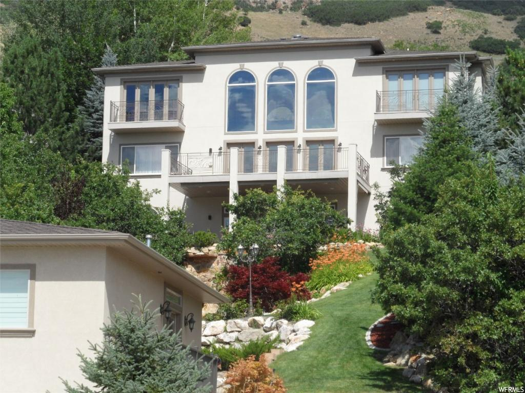 6482 S CANYON CREST DR, Salt Lake City UT 84121