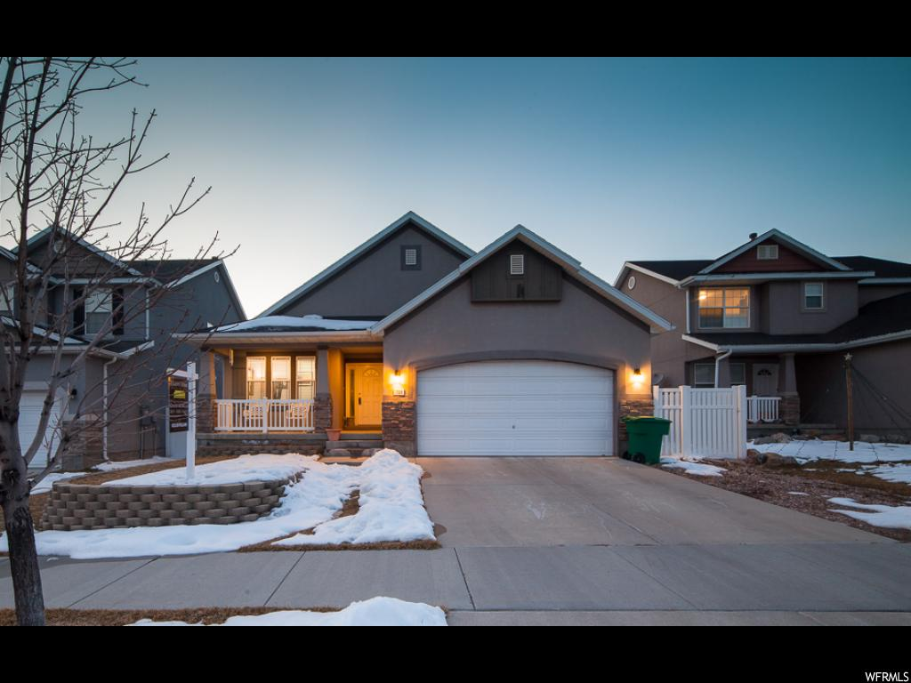 7528 S SUNSET MAPLE DR, West Jordan UT 84084