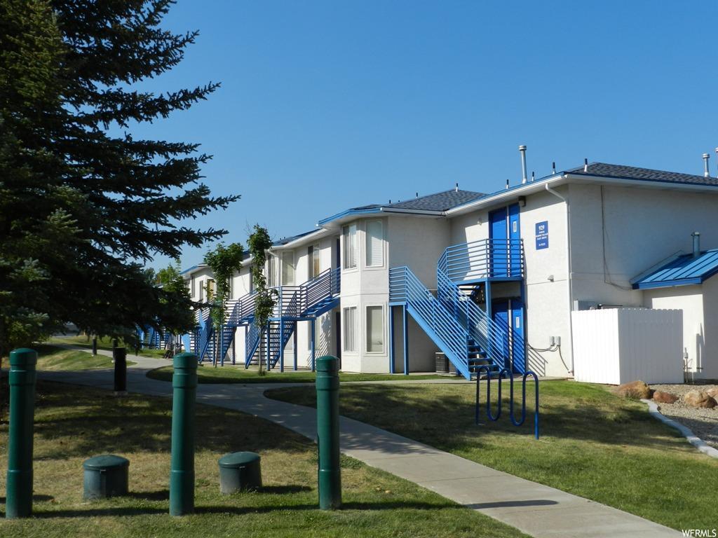Garden City Condo: Main Level built 1993
