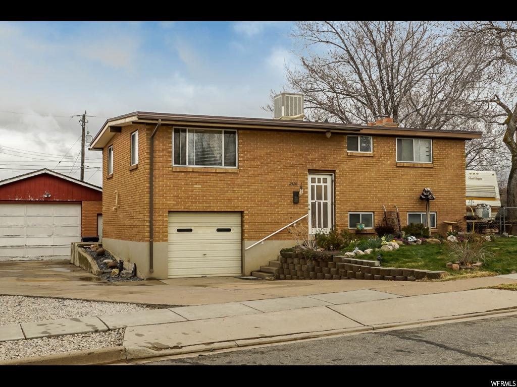 2520 w 4750 s roy ut 84067 house for sale in roy ut for Detached garage utah
