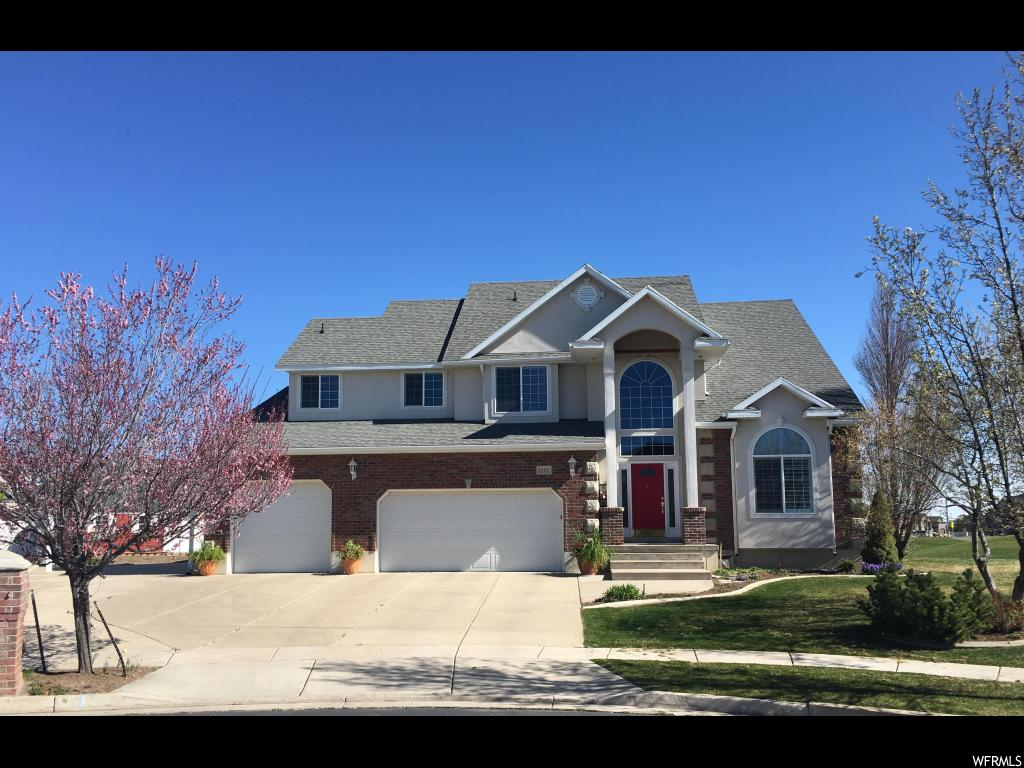 1597 S TROON CIR, Syracuse UT 84075