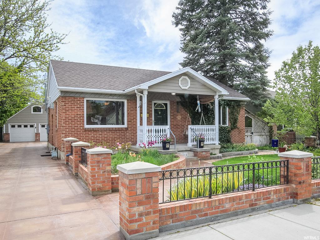1812 E HOLLYWOOD AVE, Salt Lake City UT 84108