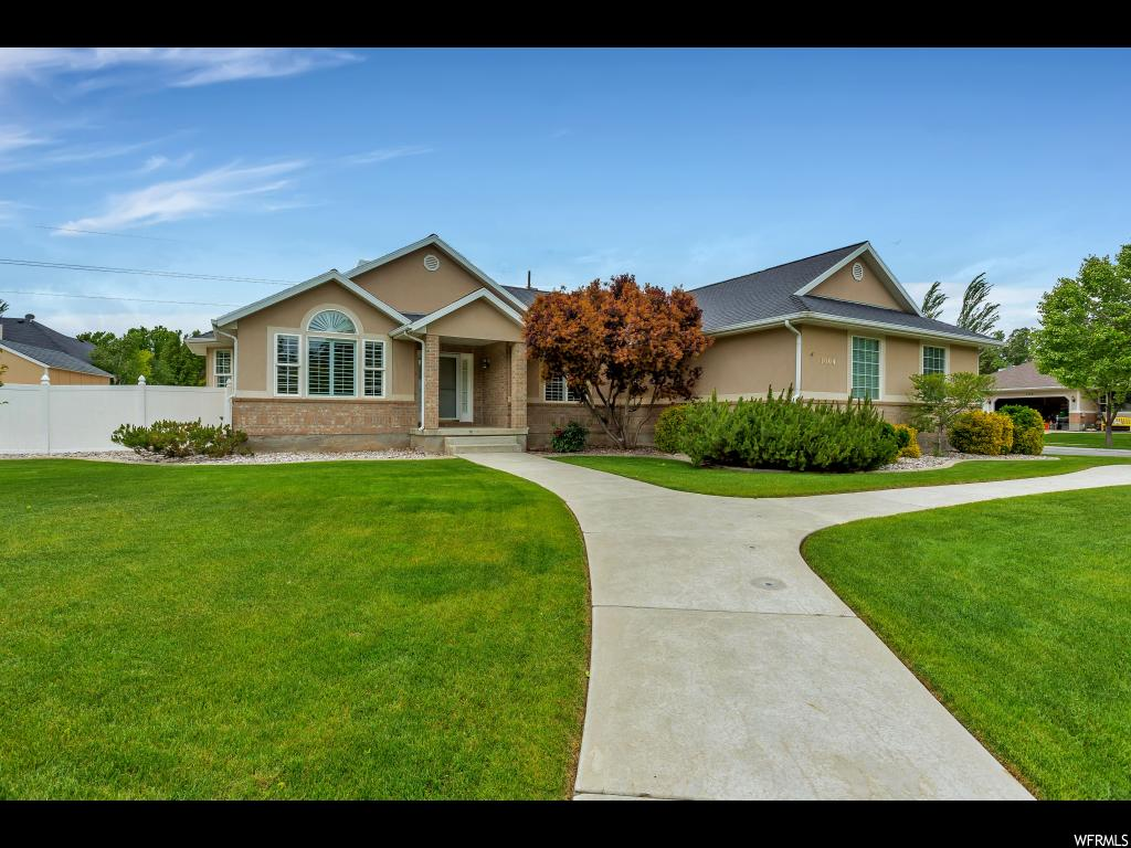 11004 S SHELWOOD CIR, South Jordan UT 84095