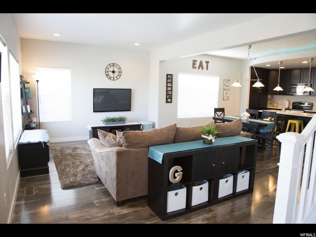 876 W TUSCANY VIEW RD, Midvale UT 84047