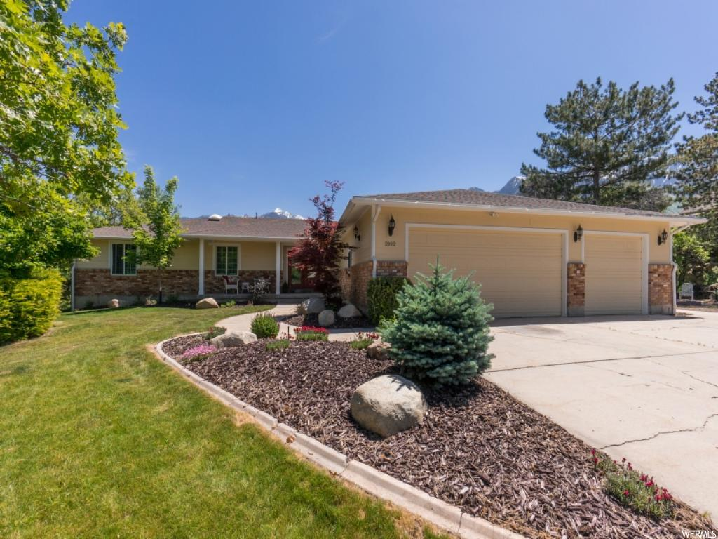 2102 E DIMPLE DELL RD, Sandy UT 84092