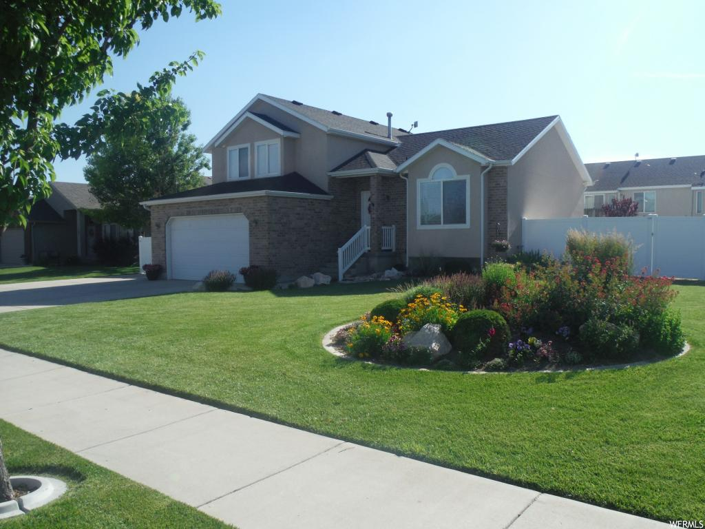 11578 S COPPER STONE DR, South Jordan UT 84009