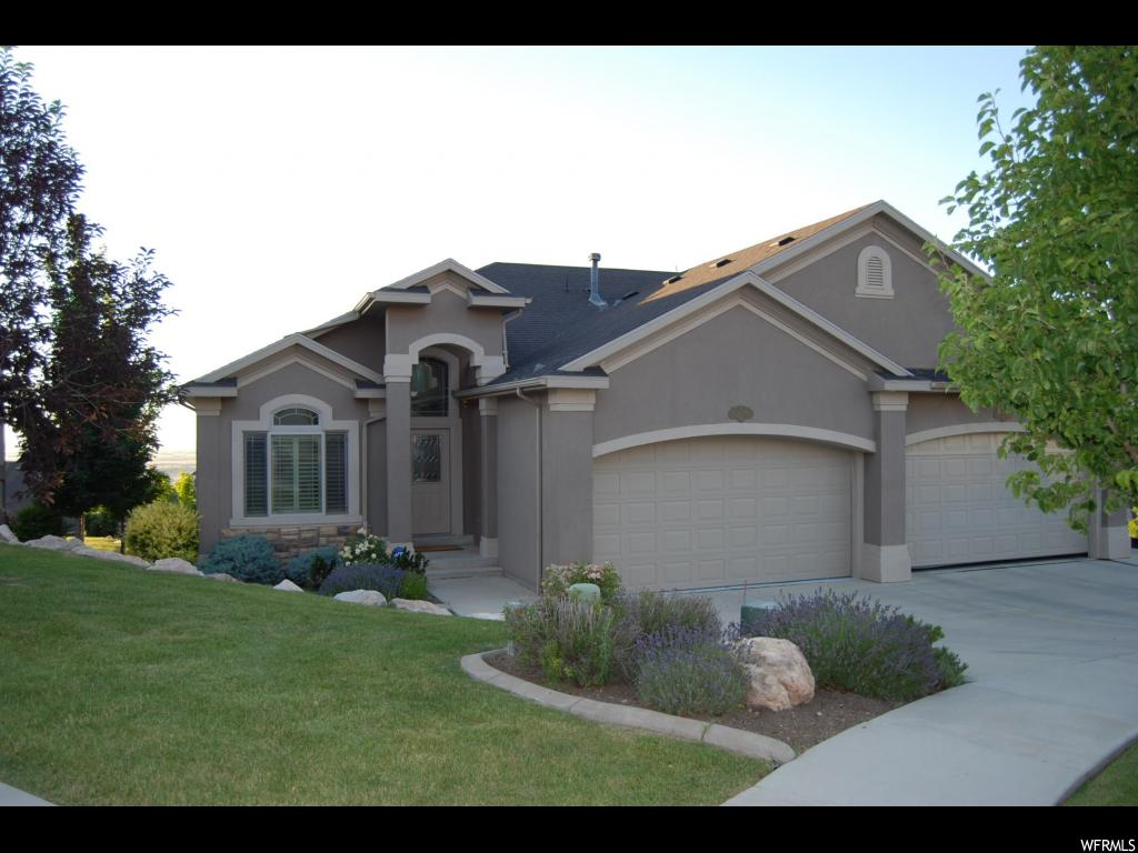 219 E EDGEWOOD CIR, North Salt Lake UT 84054