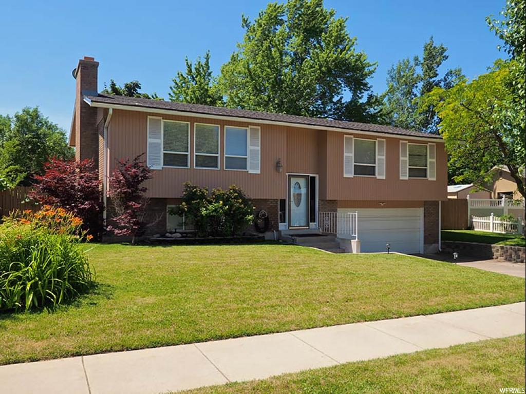 2648 E EAST MANOR DR, Cottonwood Heights UT 84121