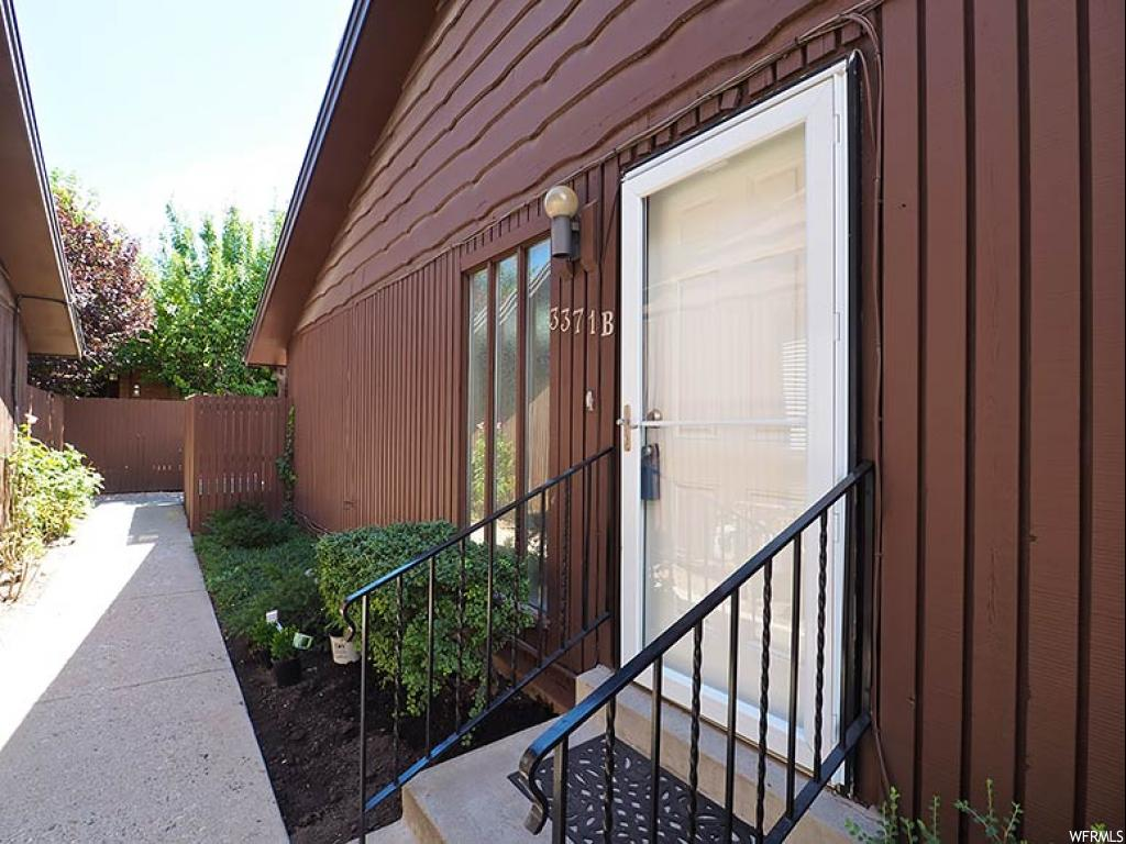3371 S HONEYCUT RD Unit B, Salt Lake City UT 84106