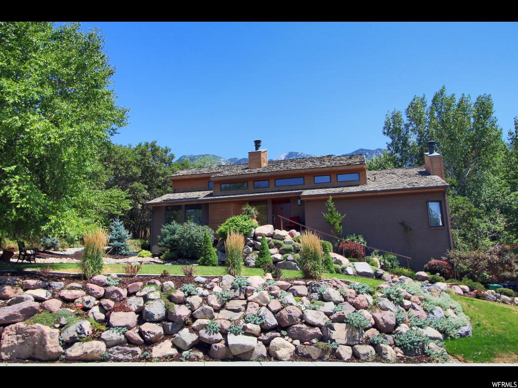 10 S MOUNTAIN WOOD LN, Sandy UT 84092