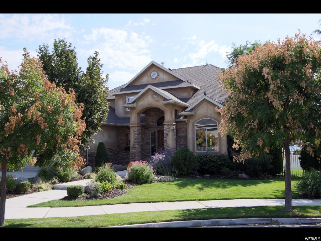 11119 S SNOW PEAK LN, South Jordan UT 84095