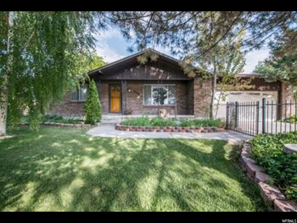 10519 S WEEPING WILLOW DR, Sandy UT 84070
