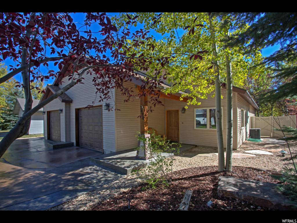 2420 SIDEWINDER DR Unit 115, Park City UT 84060