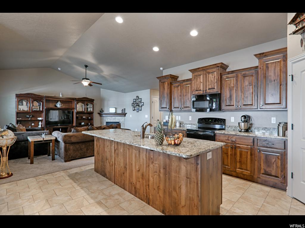 2235 W FIELD STONE WAY, Layton UT 84041