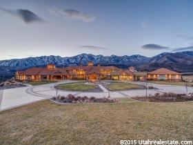 Casa Unifamiliar por un Venta en 8272 E LEFT HAND FORK HOBBLE CREEK Springville, Utah 84663 Estados Unidos