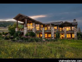 独户住宅 为 销售 在 7418 GLENWILD Drive 帕克城, 犹他州 84098 美国
