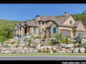 Casa Unifamiliar por un Venta en 4297 S SUMMERWOOD Bountiful, Utah 84010 Estados Unidos