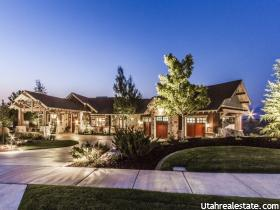 Casa Unifamiliar por un Venta en 457 E HIDDEN LAKE Circle Bountiful, Utah 84010 Estados Unidos