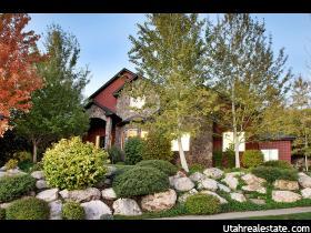 Maison unifamiliale pour l Vente à 665 S ROCKWOOD Drive North Salt Lake, Utah 84054 États-Unis
