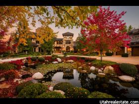 独户住宅 为 销售 在 2750 E CREEKCROSSING Lane 霍拉迪, 犹他州 84121 美国