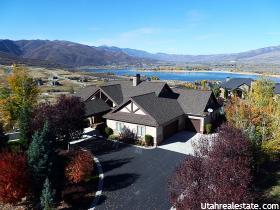 独户住宅 为 销售 在 6618 E VIA CORTINA 亨茨维尔, 犹他州 84317 美国
