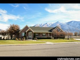 Home for sale at 2135 S Parkview Dr, Mapleton, UT 84664. Listed at 799900 with 6 bedrooms, 4 bathrooms and 6,682 total square feet