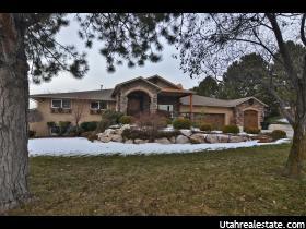Casa Unifamiliar por un Venta en 553 E MUTTON HOLLOW RD Road Kaysville, Utah 84037 Estados Unidos