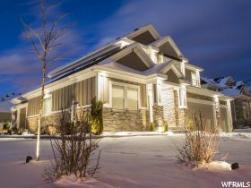 Home for sale at 705 E Sunset Stream Way, Draper, UT 84020. Listed at 799900 with 5 bedrooms, 4 bathrooms and 4,424 total square feet