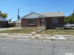 Home for sale at 260 S 600 East, Clearfield, UT 84015. Listed at 115520 with 2 bedrooms, 1 bathrooms and 1,988 total square feet