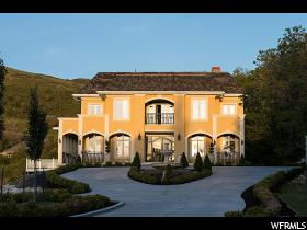 Casa Unifamiliar por un Venta en 3321 S SUNSET HOLLOW Drive Bountiful, Utah 84010 Estados Unidos