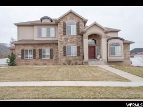 Maison unifamiliale pour l Vente à 1164 E BELLA VISTA Drive Fruit Heights, Utah 84037 États-Unis