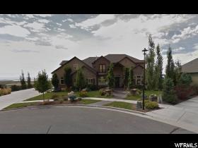Casa Unifamiliar por un Venta en 1554 S TUSCANY COVE Drive Farmington, Utah 84025 Estados Unidos