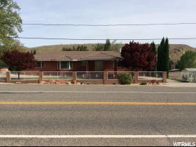Nhà ở một gia đình vì Bán tại 95 S MAIN Street Leeds, Utah 84746 Hoa Kỳ