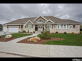 Maison unifamiliale pour l Vente à 1051 E FENCE POST Road Fruit Heights, Utah 84037 États-Unis