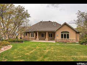 Home for sale at 115 S Aspen Dr, Mapleton, UT  84664. Listed at 985000 with 5 bedrooms, 4 bathrooms and 5,827 total square feet