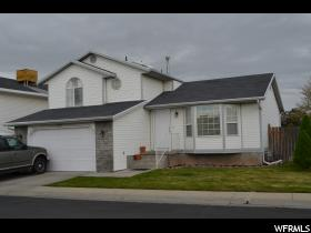 Home for sale at 3017  Alamo St, West Valley City, UT 84120. Listed at 224900 with 3 bedrooms, 3 bathrooms and 1,384 total square feet