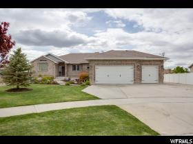 Home for sale at 12124  Comancheria Cir, Draper, UT 84020. Listed at 589900 with 7 bedrooms, 4 bathrooms and 4,753 total square feet