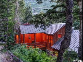 独户住宅 为 销售 在 3027 E BLACK FOREST Drive 3027 E BLACK FOREST Drive Unit: 25 圣丹斯, 犹他州 84604 美国