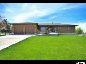 Home for sale at 4047 W 6000 South, Hooper, UT  84315. Listed at 759000 with 5 bedrooms, 4 bathrooms and 3,478 total square feet